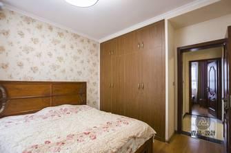 10-15万120平米三中式风格卧室设计图