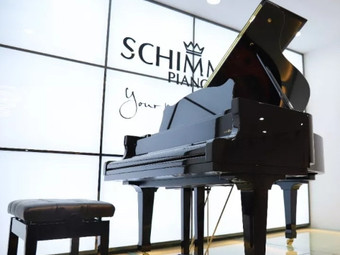 悦音琴行德国舒密尔钢琴专卖