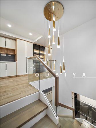 10-15万三室两厅现代简约风格楼梯间设计图