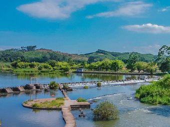竹泉岛小瀑布群乡村度假景区