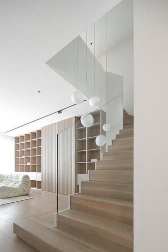 富裕型90平米复式日式风格楼梯间设计图