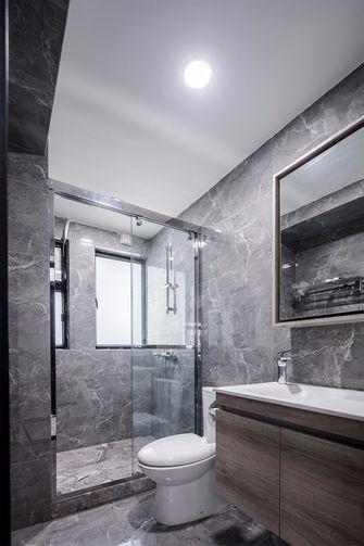130平米三室一厅现代简约风格卫生间欣赏图