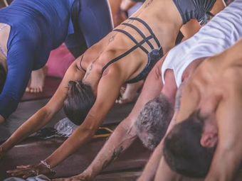 弘印瑜伽(全能瑜伽教练培训基地)