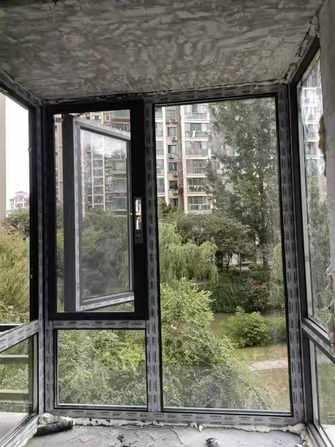 现代简约风格阳台图片