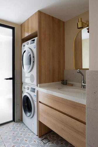 富裕型100平米三室一厅现代简约风格卫生间图片
