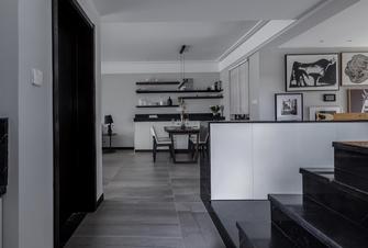 富裕型140平米三室两厅现代简约风格楼梯间装修案例