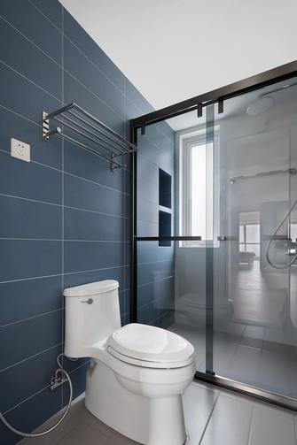 经济型120平米三室两厅现代简约风格卫生间装修图片大全