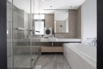 富裕型130平米四室两厅现代简约风格卫生间效果图