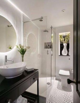 富裕型110平米三室两厅现代简约风格卫生间装修图片大全