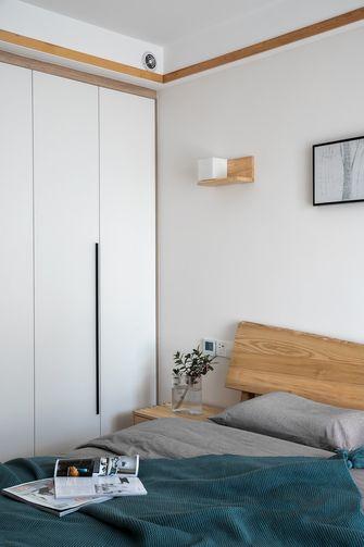 富裕型110平米三室两厅日式风格卧室欣赏图