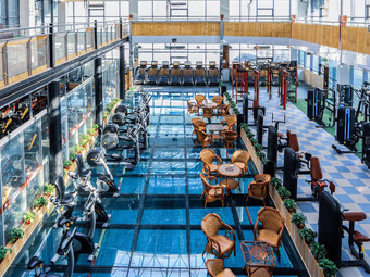 东方健身游泳馆
