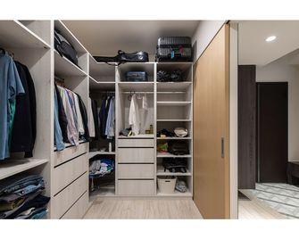 5-10万50平米一居室现代简约风格衣帽间欣赏图