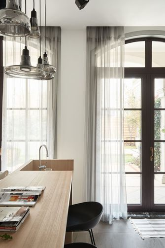豪华型140平米四室两厅东南亚风格厨房设计图