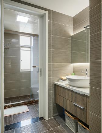 富裕型140平米三室两厅港式风格卫生间装修图片大全