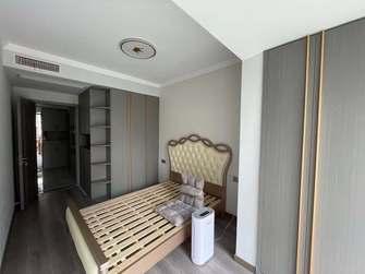 富裕型110平米三室三厅轻奢风格卧室图片大全