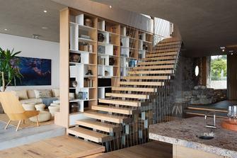 经济型140平米别墅现代简约风格楼梯间设计图