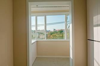 10-15万120平米三室两厅现代简约风格阳台图片