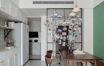 经济型110平米公寓轻奢风格厨房装修效果图