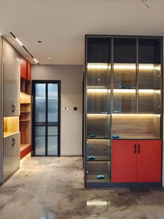 5-10万100平米三室两厅工业风风格衣帽间设计图