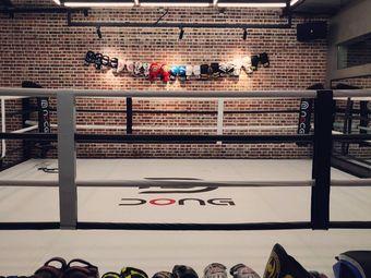 Dong健身工作室
