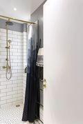15-20万120平米三室两厅现代简约风格卫生间装修案例