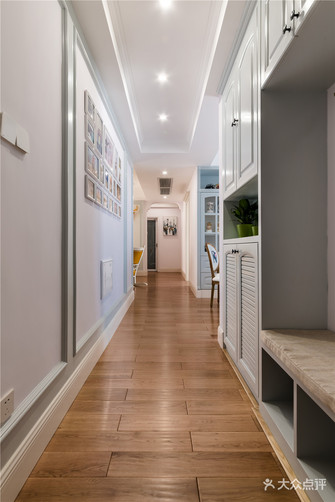 经济型80平米美式风格走廊欣赏图