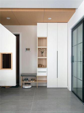 富裕型70平米现代简约风格玄关装修效果图