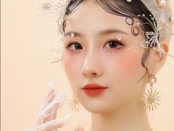鑫天使化妆美甲美容纹绣学校(大洋晶典冠亚校区)