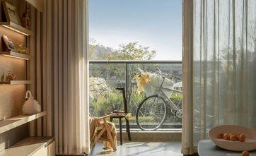 富裕型80平米三室一厅现代简约风格阳台图片大全