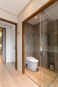 富裕型90平米三室三厅北欧风格卫生间图片