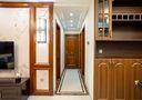 富裕型120平米三室两厅中式风格走廊效果图