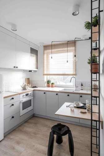 70平米轻奢风格厨房设计图