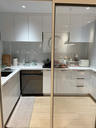 经济型90平米现代简约风格厨房效果图