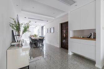 10-15万120平米三室两厅现代简约风格玄关装修案例