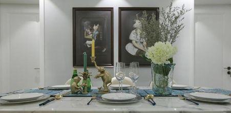 3万以下130平米三室一厅轻奢风格餐厅装修案例