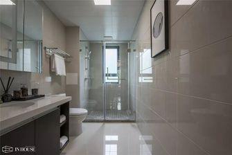 130平米三室一厅中式风格卫生间设计图