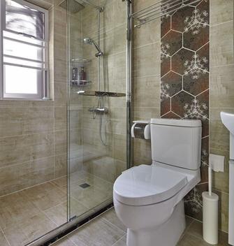 富裕型110平米三混搭风格卫生间装修案例