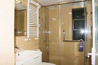 10-15万110平米三室一厅现代简约风格卫生间图片