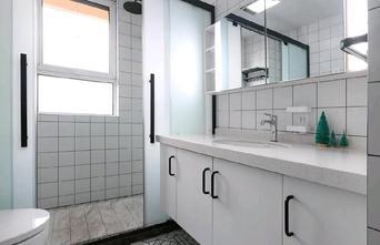 5-10万130平米三室一厅北欧风格卫生间图片