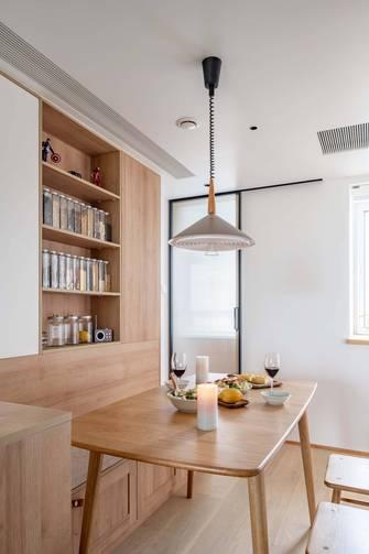 豪华型130平米三室两厅日式风格餐厅设计图