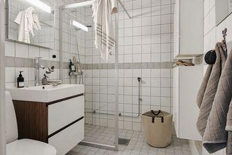富裕型70平米三室两厅英伦风格卫生间效果图