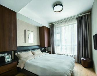 富裕型130平米三室一厅现代简约风格卧室设计图