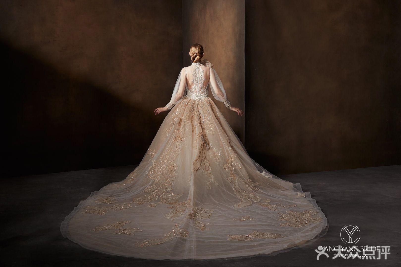 洋洋婚纱品牌集合店的图片