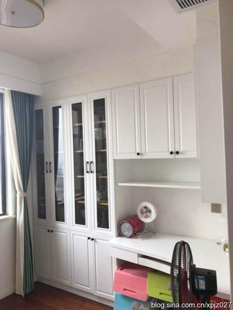 经济型120平米三室两厅欧式风格卧室效果图