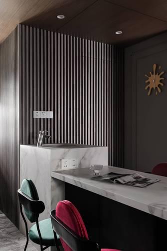 5-10万三室一厅美式风格厨房图