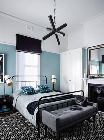 140平米英伦风格卧室效果图