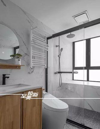 富裕型120平米三室两厅日式风格卫生间图片
