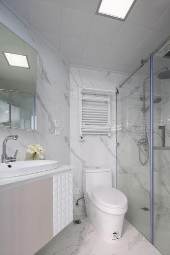 50平米公寓轻奢风格卫生间装修案例