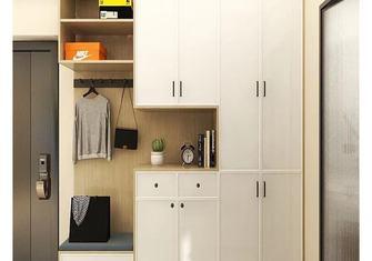 经济型60平米一居室日式风格玄关装修效果图