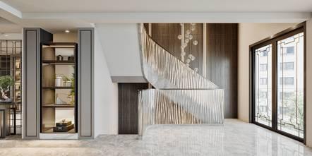 140平米三中式风格楼梯间欣赏图